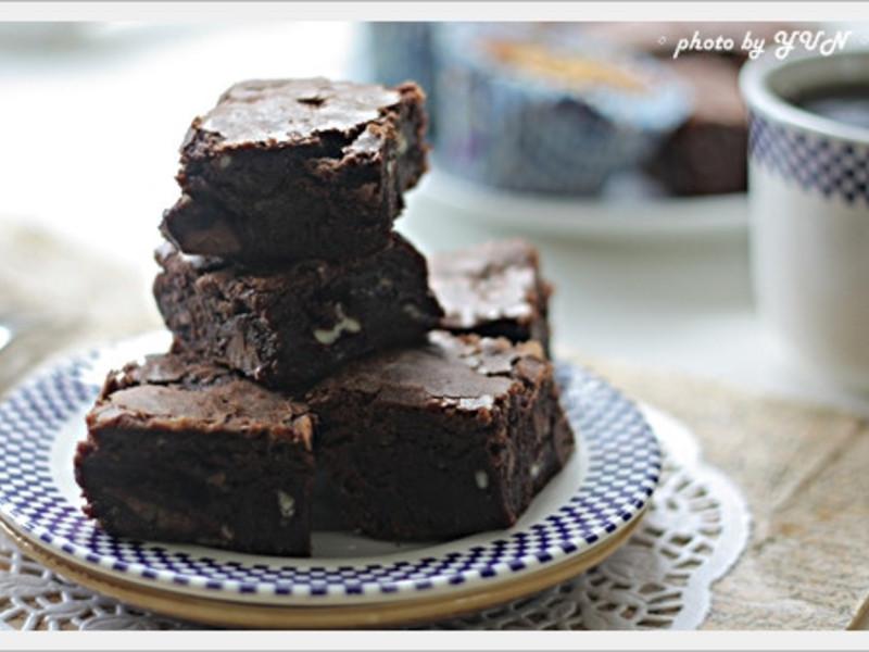 [Yun。在廚房]巧克力布朗尼