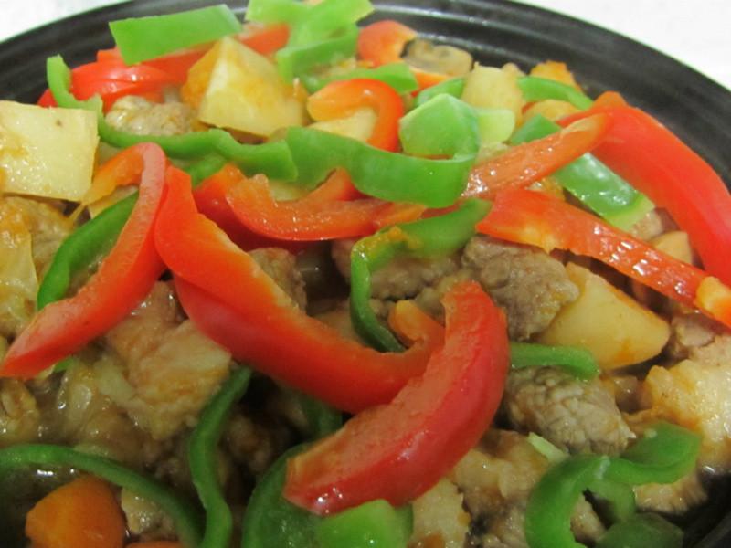 蔬菜燉肉飯