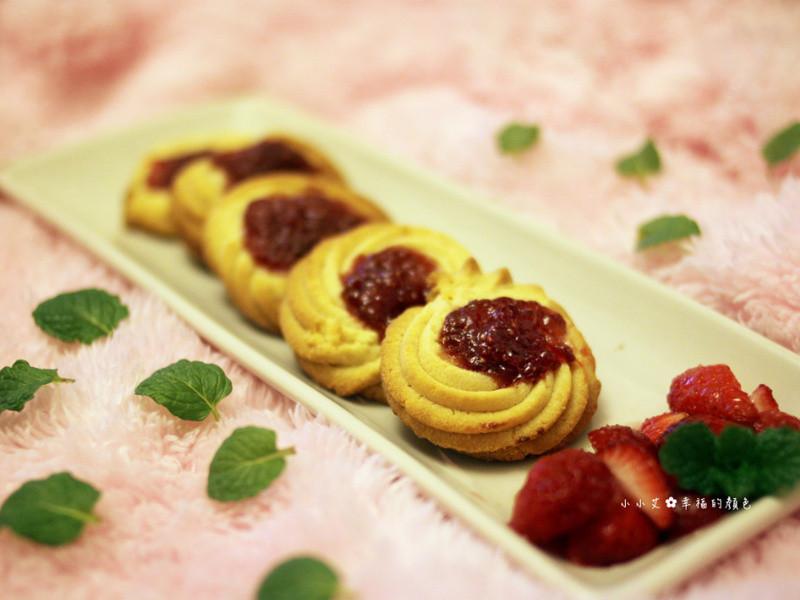 好香濃♫草莓果醬奶酥餅乾❤艾希絲愛煮食