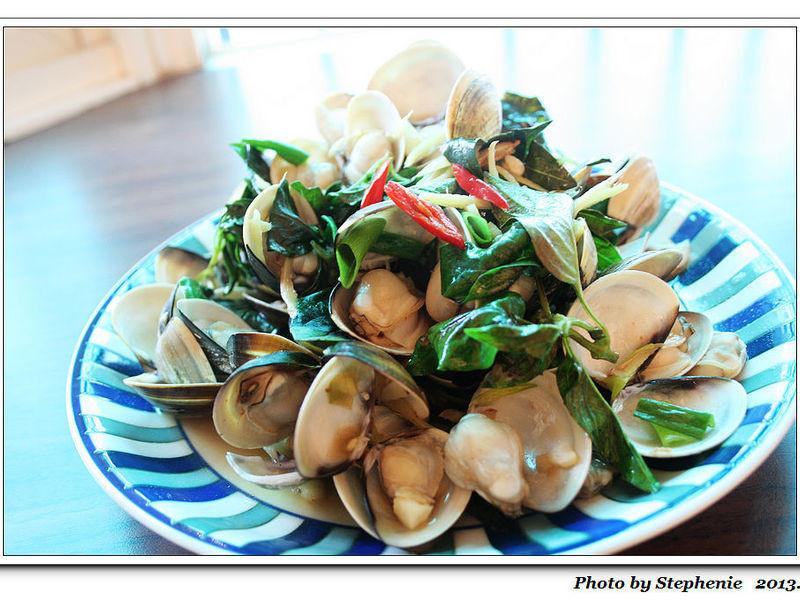塔香沙茶炒蛤蠣