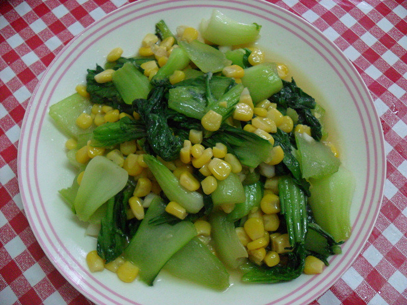 【得意的一天橄欖油】玉米拌青江菜