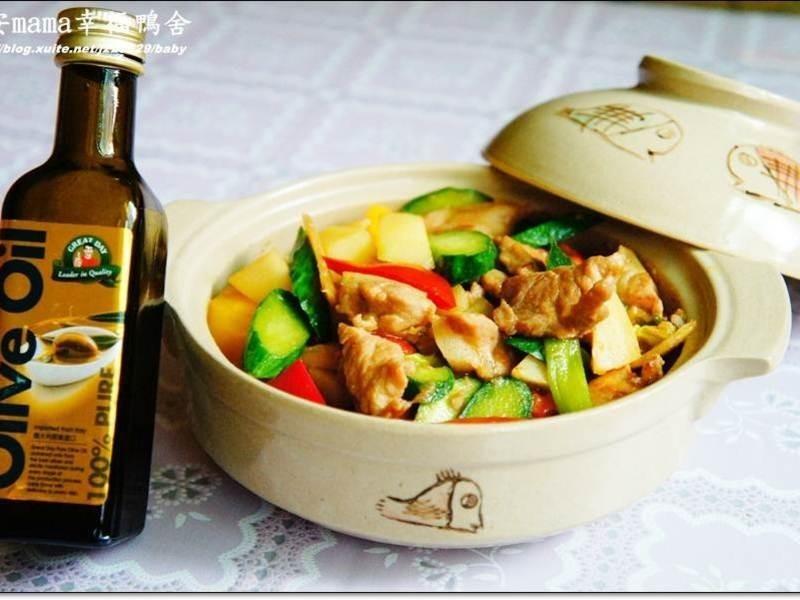 「得意的一天橄欖油」黃瓜肉片煲