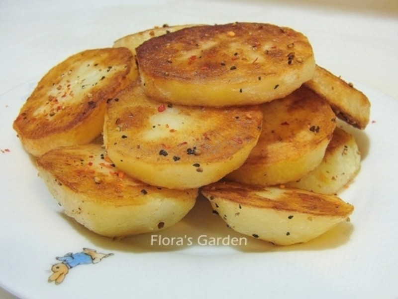 【我最愛馬鈴薯家族/維京國際】帥哥廚師教我做-香煎馬鈴薯