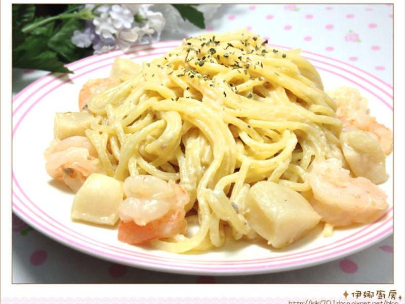 《伊娜廚房》白醬海鮮義大利麵