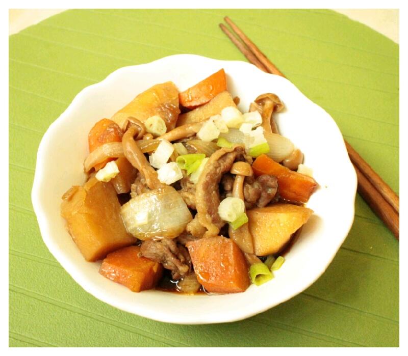 馬鈴薯菇菇燉肉