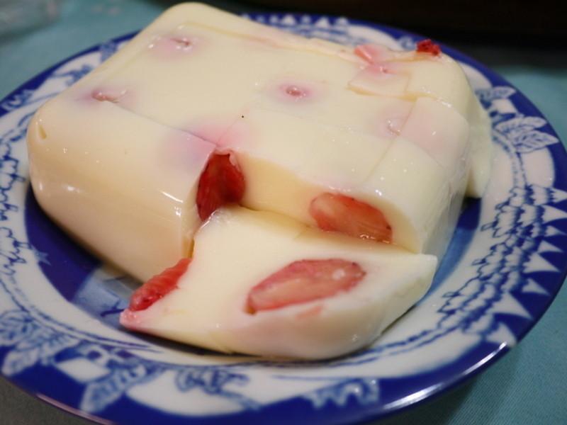 獨創草莓奶凍食譜-春季限定料理