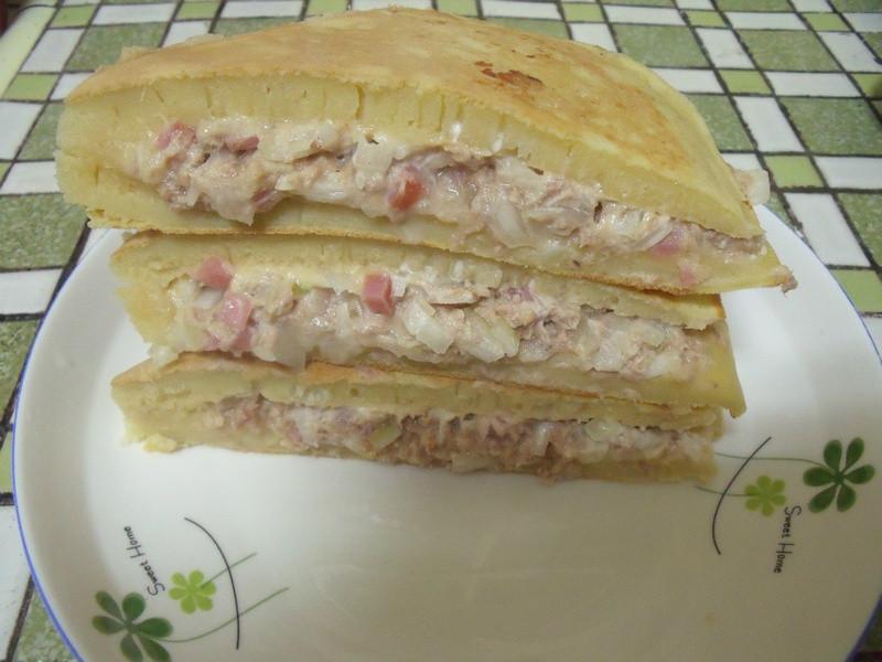 鮪魚麵煎餅