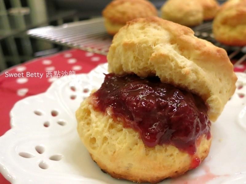 「我的第一堂甜點課食譜試作」英式司康Scone