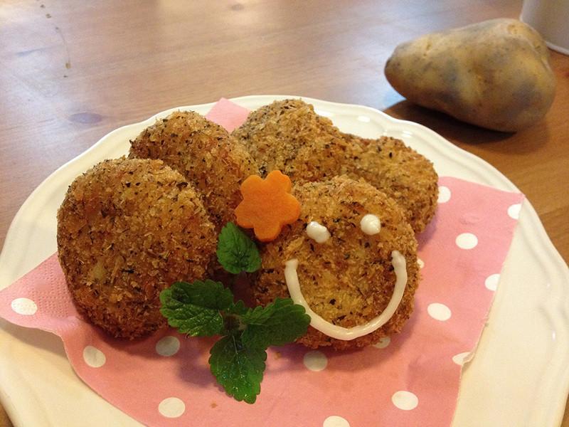 【我最愛馬鈴薯家族/維京國際】吳双の親子食堂-微笑馬鈴薯可樂餅