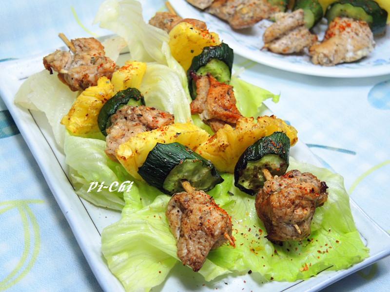輕食~老梅鳳梨雞肉串