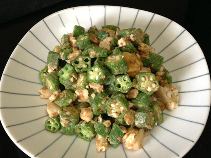 秋葵炒鹹蛋