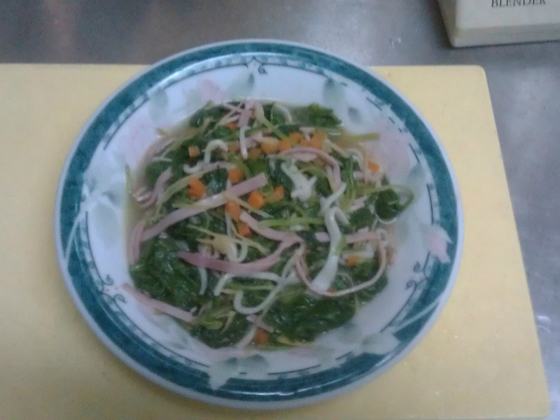 蟹棒炒莧菜