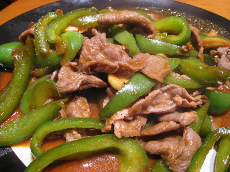 【粉豬兒】烤肉味青椒羊肉
