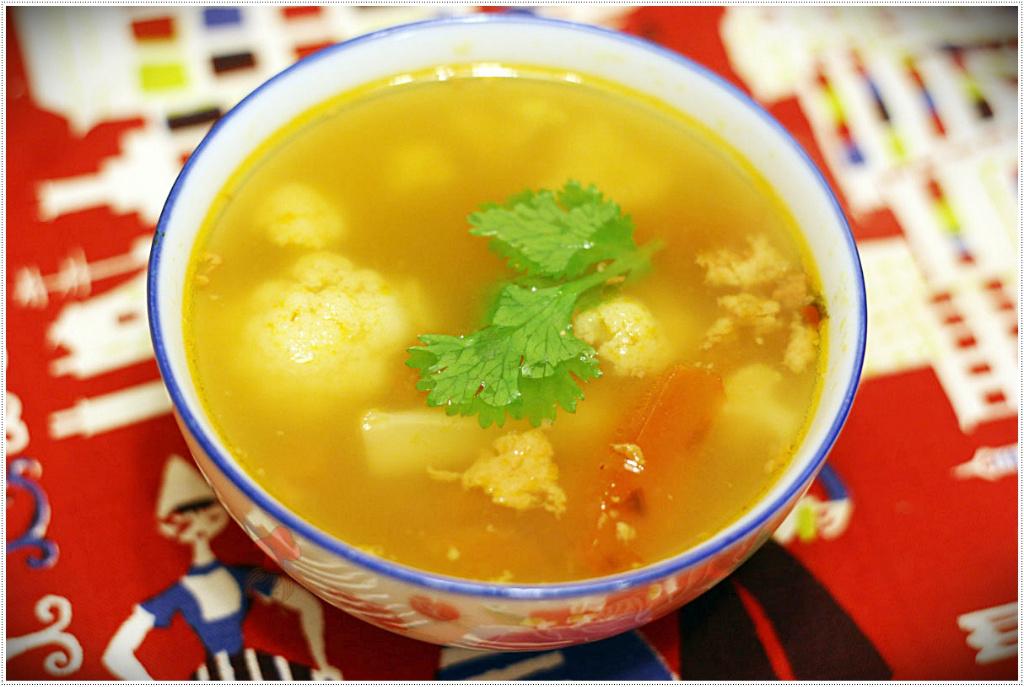 罐頭利用 - 白花椰菜番茄肉醬湯 spicy pork soup