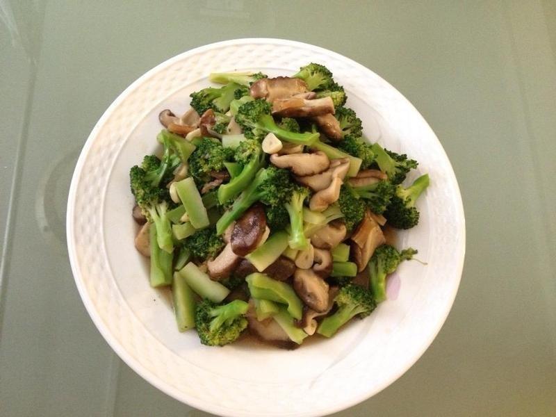 清炒香菇西蘭花