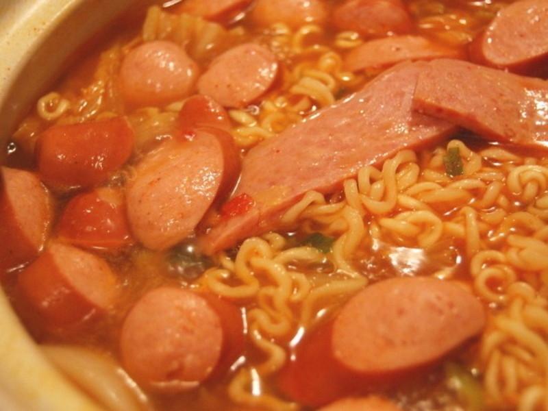 韓式部隊鍋-泡菜人妻in NY's kitchen
