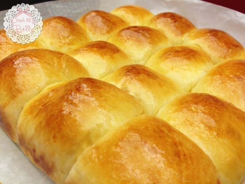 ♥PinchMyBelly♥ 養樂多奶油小餐包