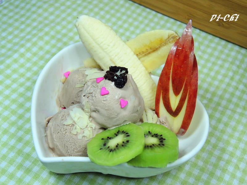 水果巧克力冰淇淋[簡易版-不用冰淇淋機]