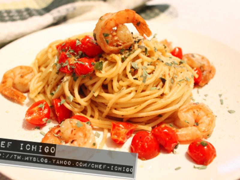 鮮蝦青醬番茄義大利麵