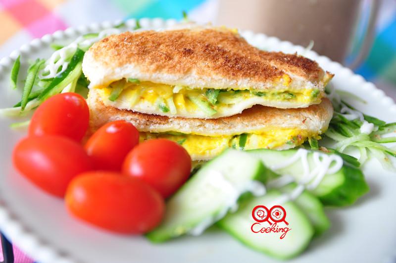 美味早餐-南瓜沙拉吐司