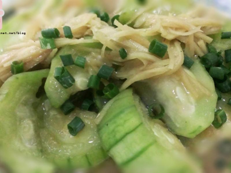 【烹飪】絲瓜味增煮-任何瓜類蔬果都能煮!