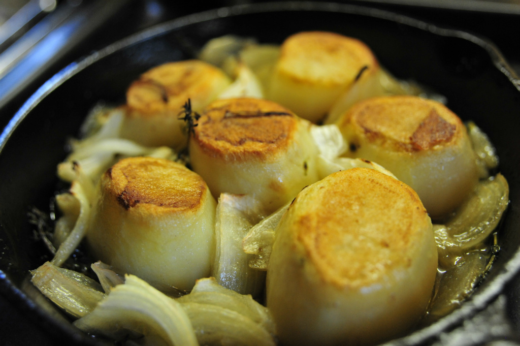 煎烤洋蔥馬鈴薯 | Crispy Potatoes Roasted with Olive oil & Onion