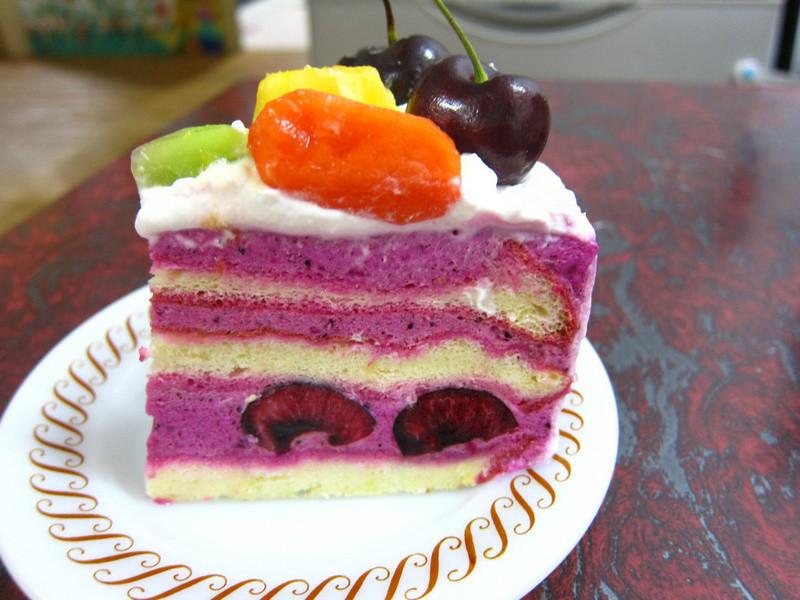櫻桃紅龍慕斯水果遊戲蛋糕