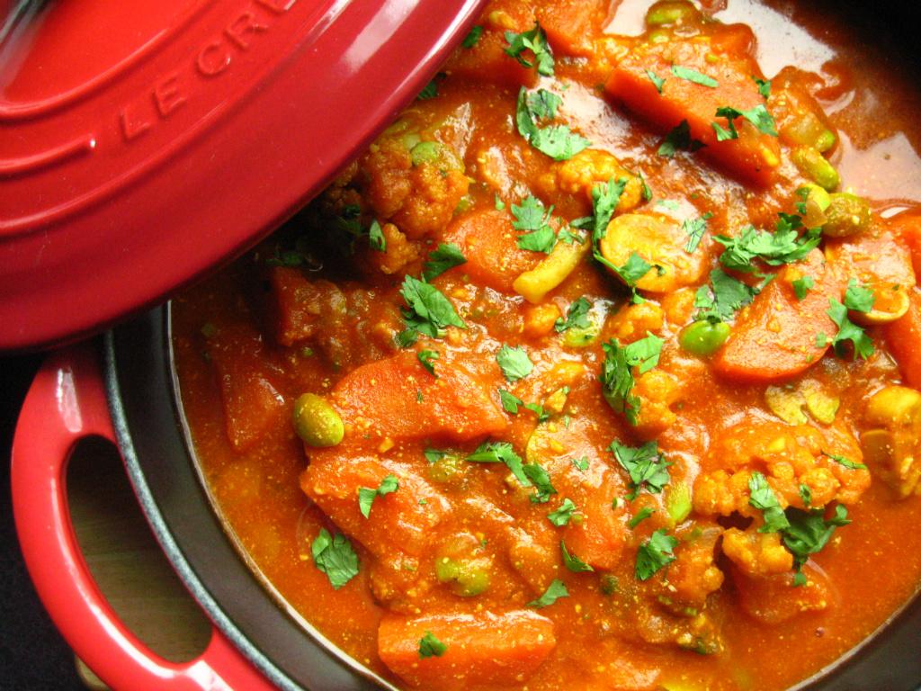 印度蔬菜咖哩佐番紅花奶油飯