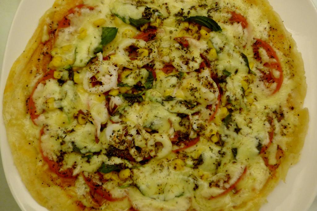 香煎薄皮披薩~香酥薄脆、牽絲滿點