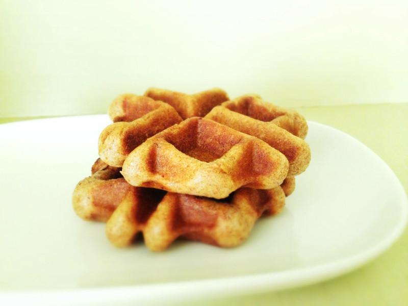 斯佩爾特肉桂捲 & 肉桂鬆餅 Spelt Cinnamon Roll & Waffle
