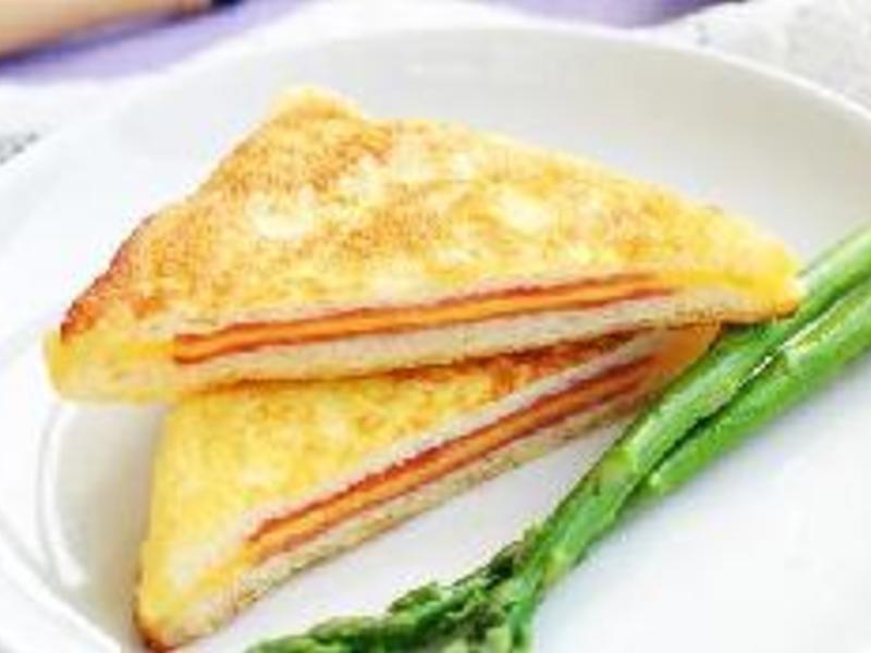 【超简单营养早餐火腿西多士】