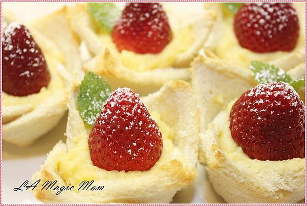 莓時間- 輕鬆版之卡士達草莓塔