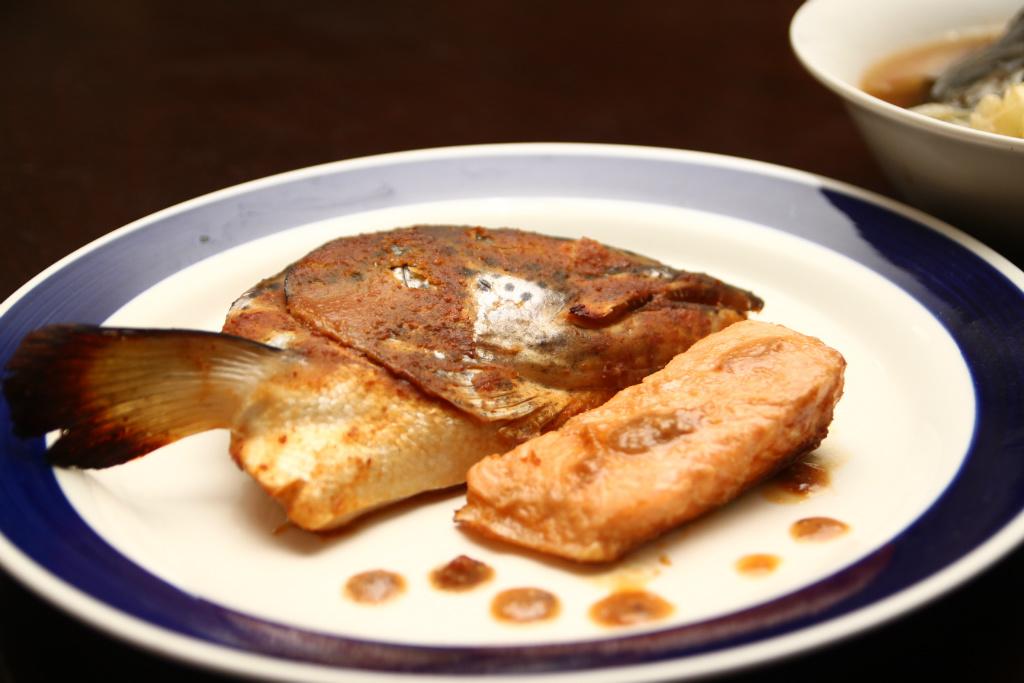 味噌醬烤鮭魚頭