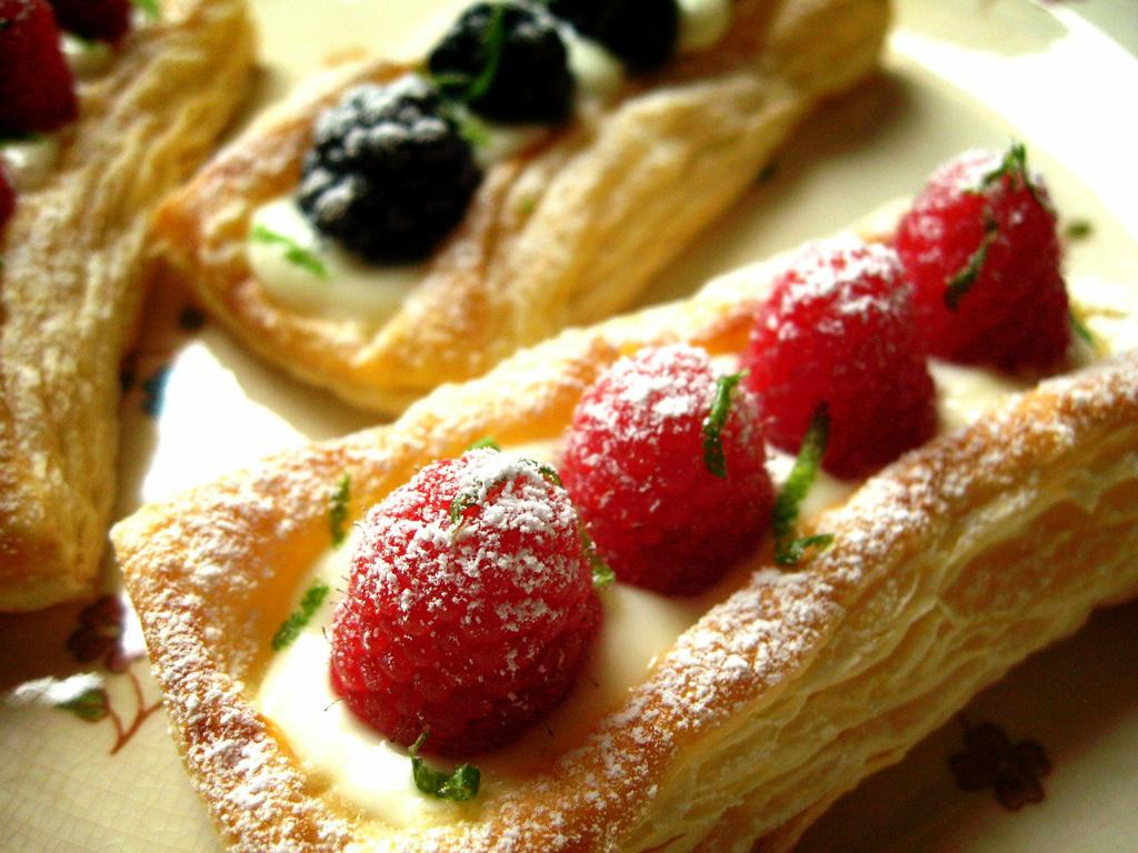 輕鬆做莓果酥皮塔