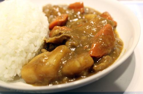 簡單美味電鍋料理【蒜味豬肉片咖哩】