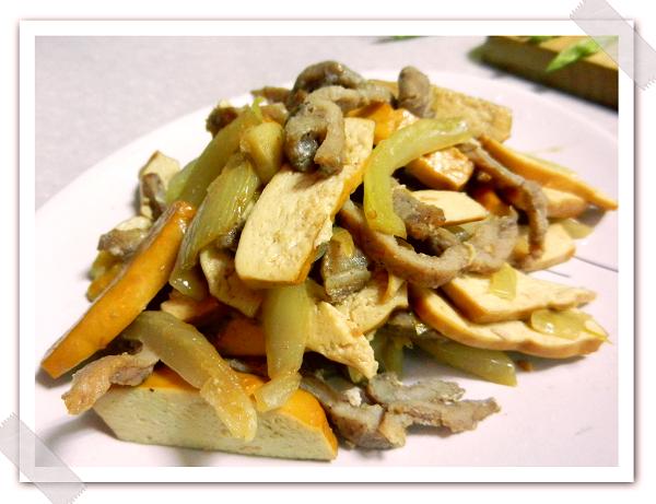 榨菜炒肉絲豆干.