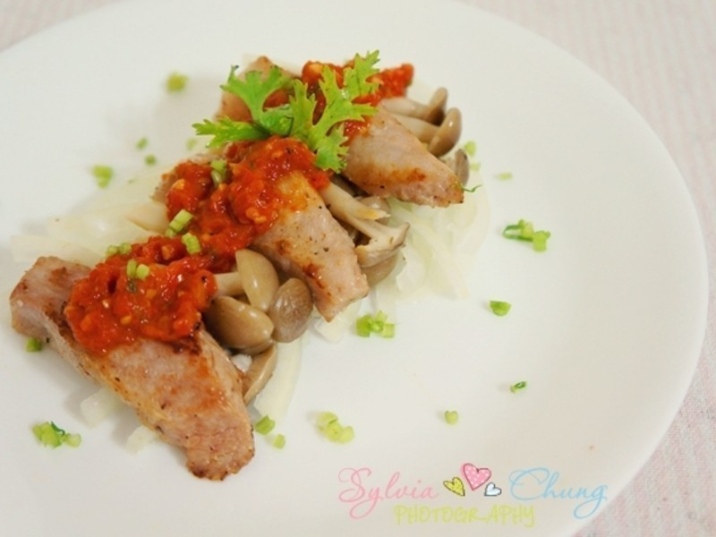 義式香煎松阪霜降の豬溫拌牛奶番茄 Pan fried Pork in Italian style tomato sauce