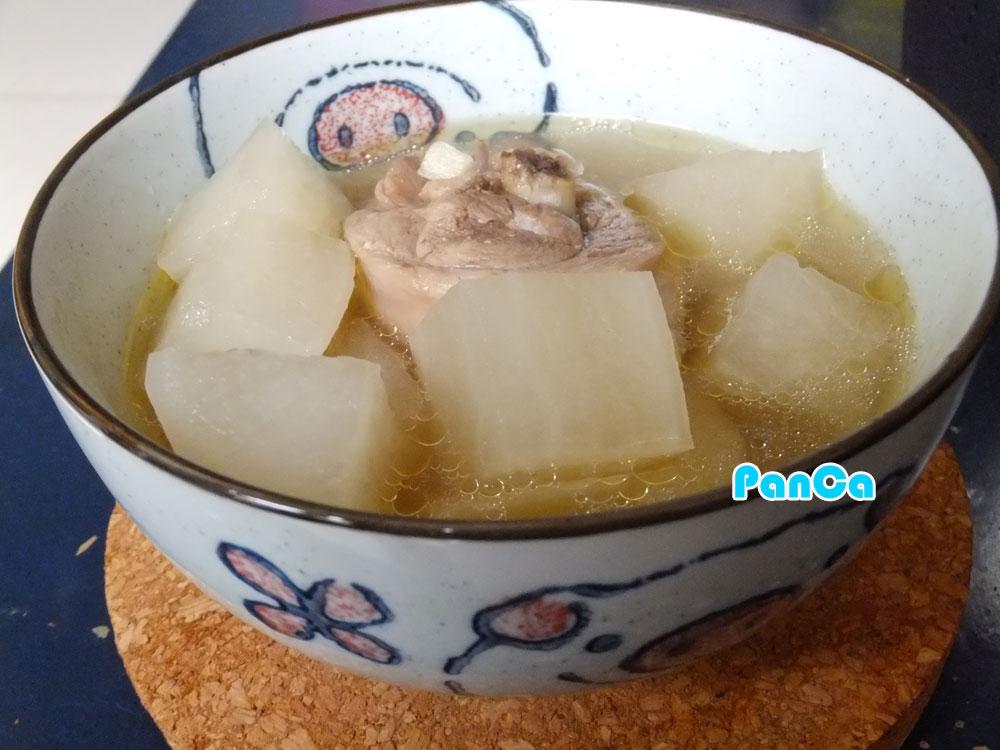 去寒辣椒蘿蔔雞湯【電鍋料理】。胖卡瘦不了食譜