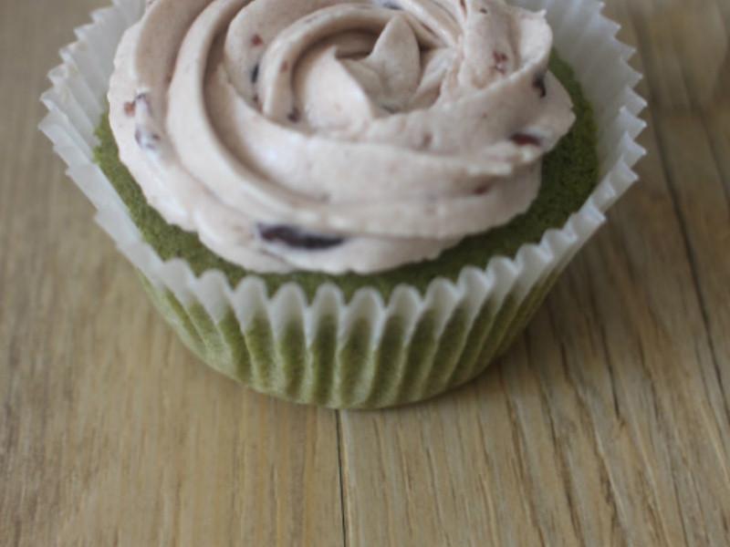 Red bean buttercream green tea cupcake 紅豆奶油霜綠茶杯子蛋糕