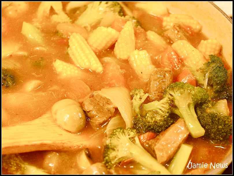 【茄汁蔬菜牛肉燉煮】一鍋幸福