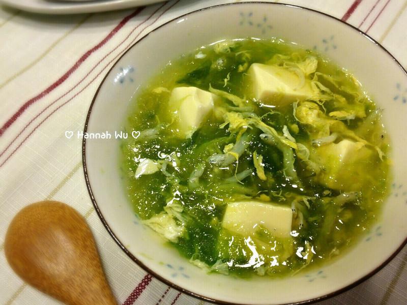 海菜吻仔魚湯