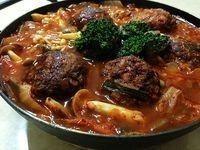 泡菜燉肉丸子