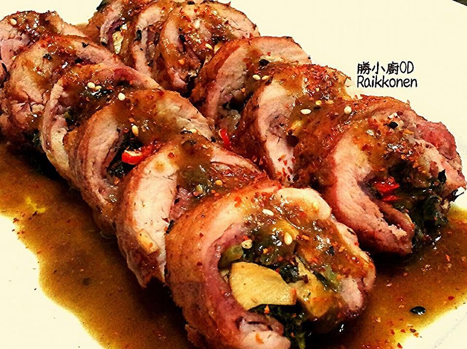 雪裡紅雞肉捲佐咖哩醬