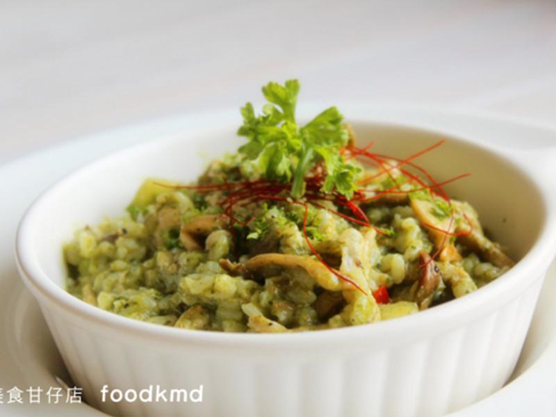 柏士圖青醬野菇燉飯