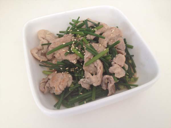 無油雞肉炒韭菜