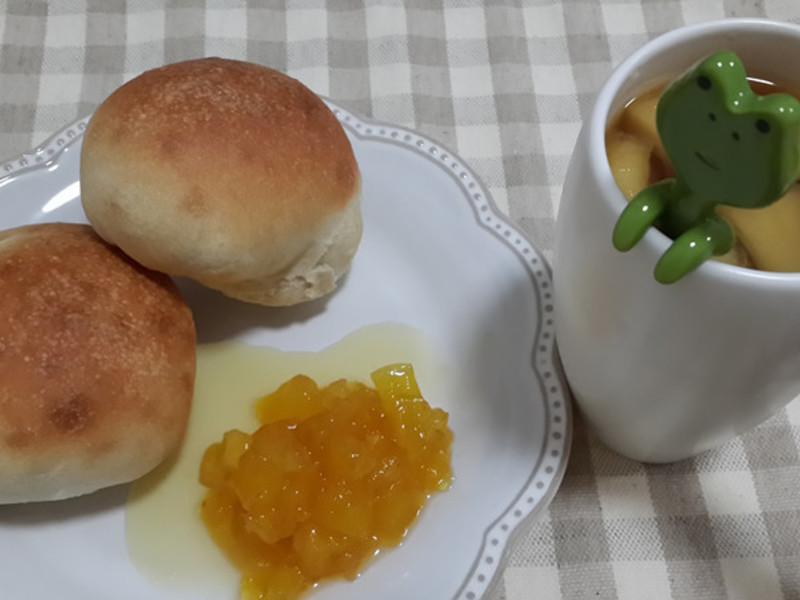 一個人的下午茶-法式小軟包佐鳳梨果醬