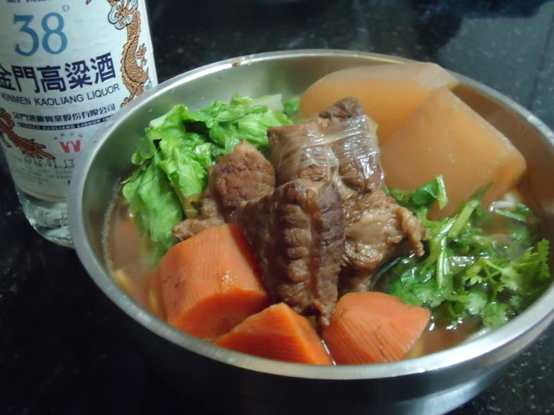 『金門高粱飄香料理』-紅燒豬肉麵