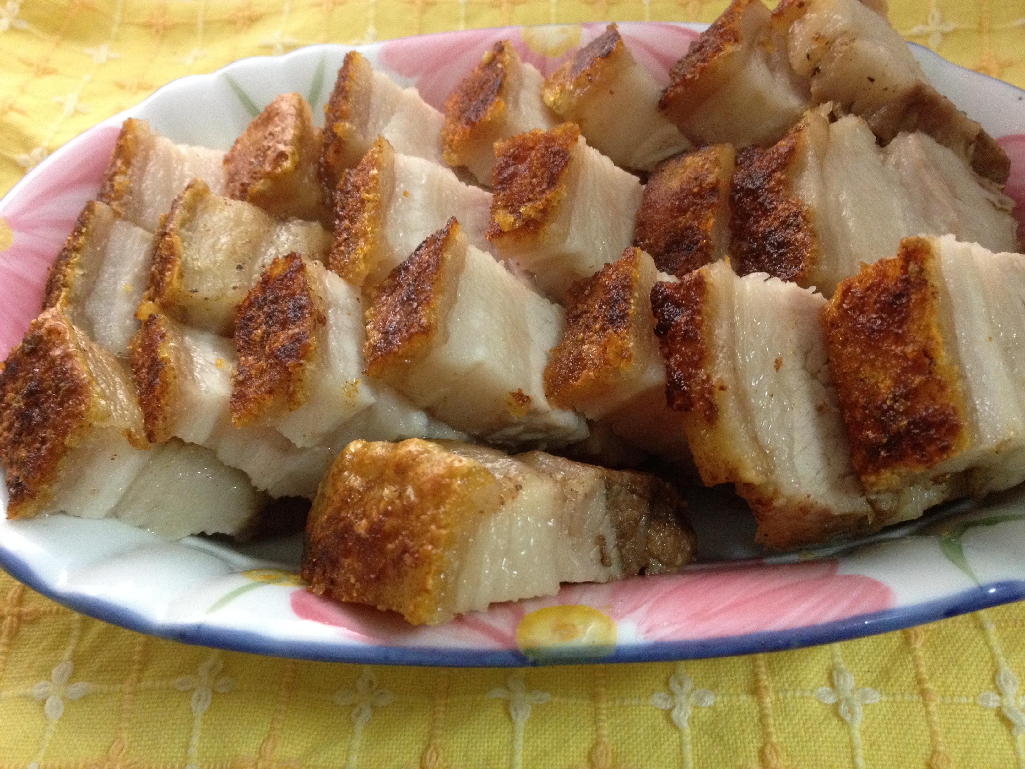年菜之皮酥內嫩的『脆皮燒肉』