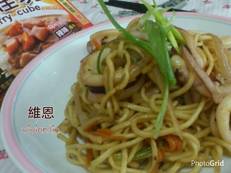 [牛頭牌咖哩塊] 咖哩炒麵