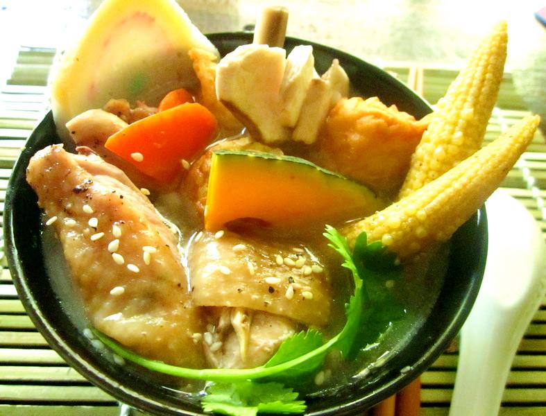 芝香雞腿醬油拉麵